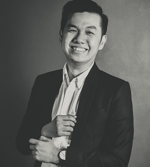 Strong in vision, sharp in action. Allen is one of the most-promising young marketing consultants in Indonesia. Possessing an extensive experience in managing and growing a number of companies, Allen has mainly been involved with Fast-Moving Consumer Goods (FMCG) industries. He is currently residing in Jakarta as CREA representative hub, propelling his team into next levels.